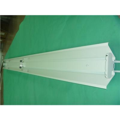 LED超市灯架新开发的冷轧钢板喷塑线槽灯流水线,LED桥架灯