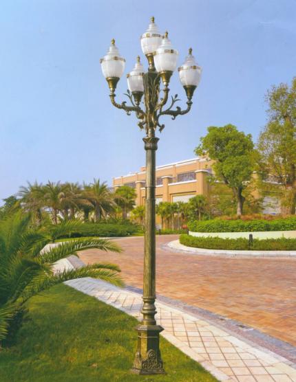 威牌路灯欧式铝灯厂家直销别墅小区欧式风格园林景观亮化工程广场道路