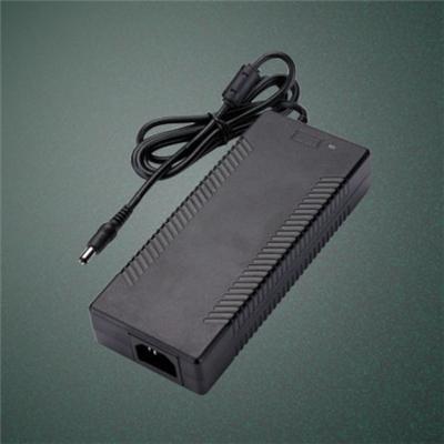 广州AC-DC24V 3A足功率全电压音频显示传输设备3C认证电源适配器桌面式